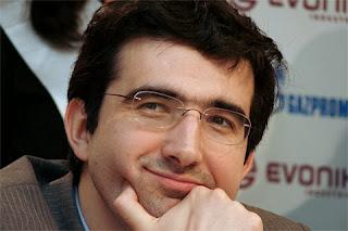 Echecs: Kramnik toujours plus haut