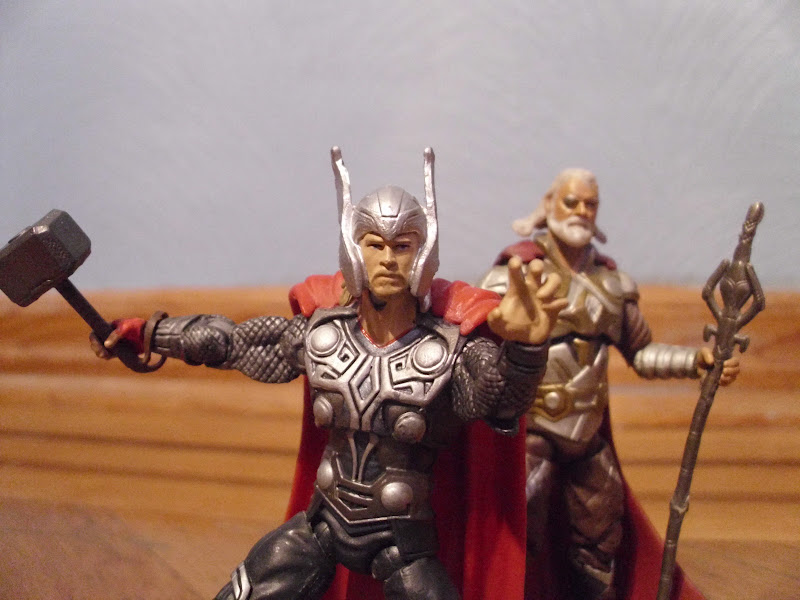 geek4life review of thor the mighty avenger hammer smash thor