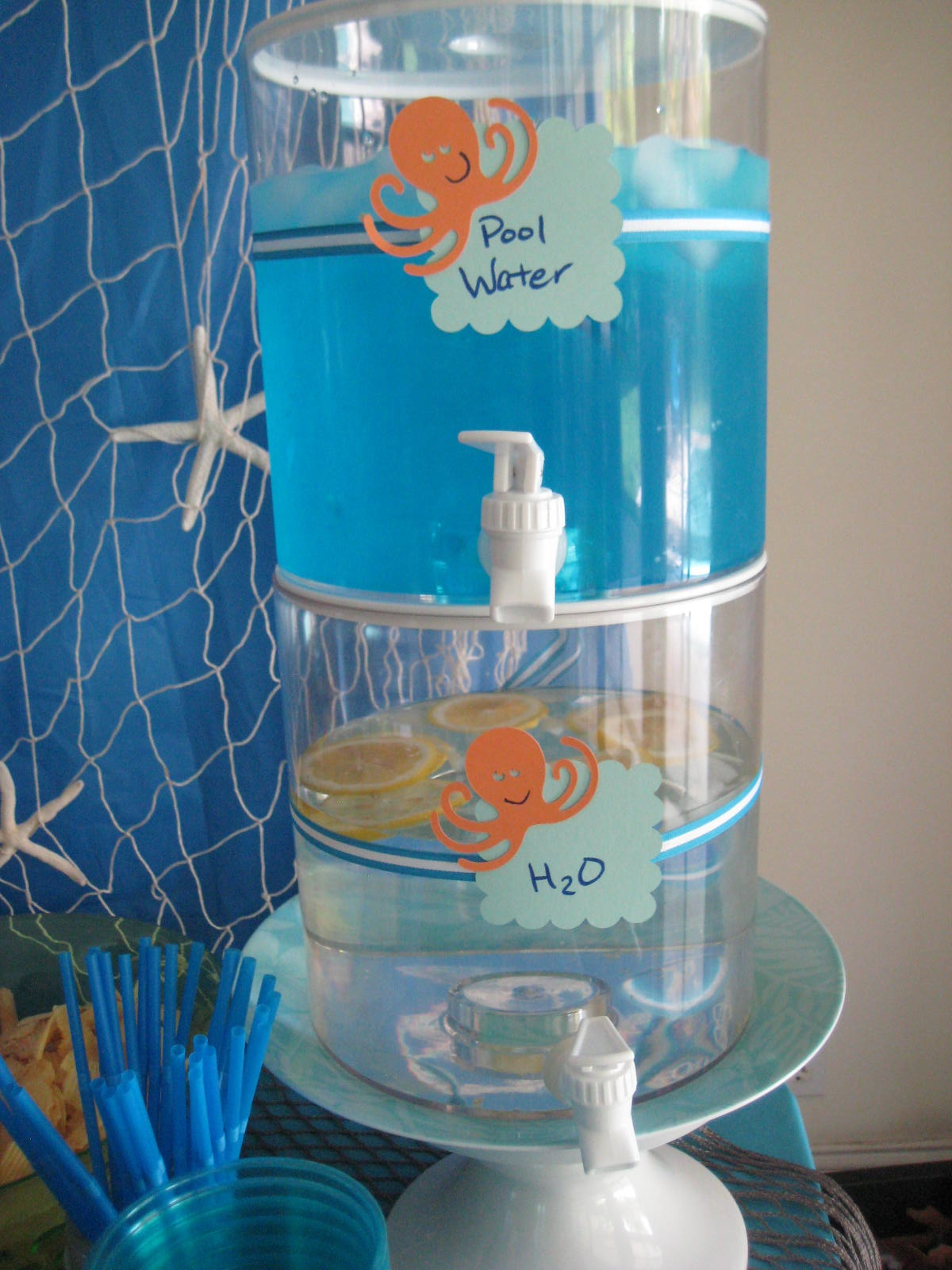 Creative party ideas by cheryl pool party - How to make a pool party ...