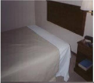 Hoteleria arreglo de la cama de una habitacion de un hotel for Cama abierta