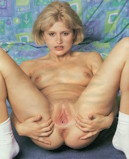 twerking girl - scan0024.jpg
