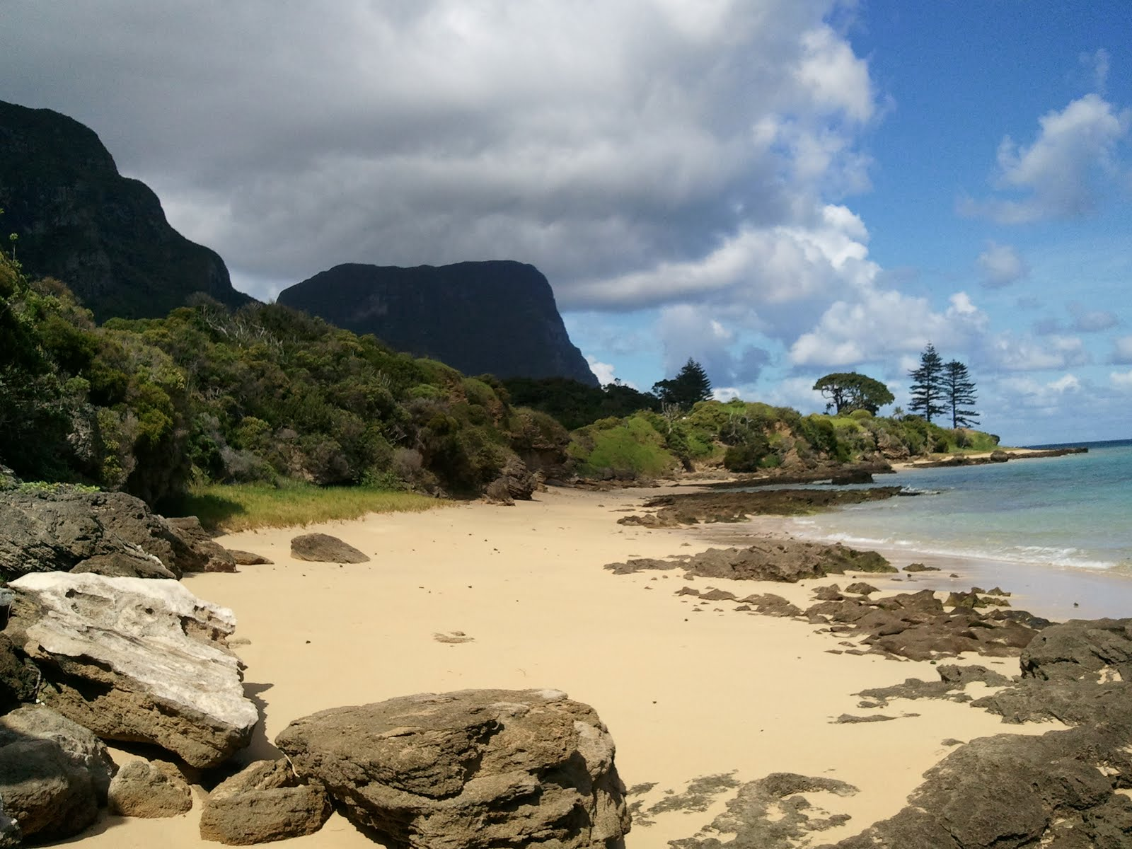how to get to lord howe island