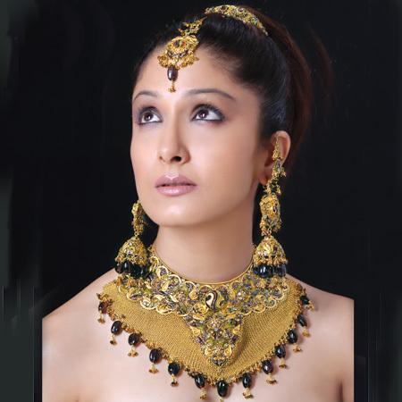 http://3.bp.blogspot.com/-IXojoh65JXw/Ti2pB4EHf9I/AAAAAAAADQE/vJLPuDE2nfM/s1600/Beautiful+Women+Jewellery+Design-1.jpg