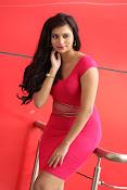 Priyanka latest sizzling pics-thumbnail-9