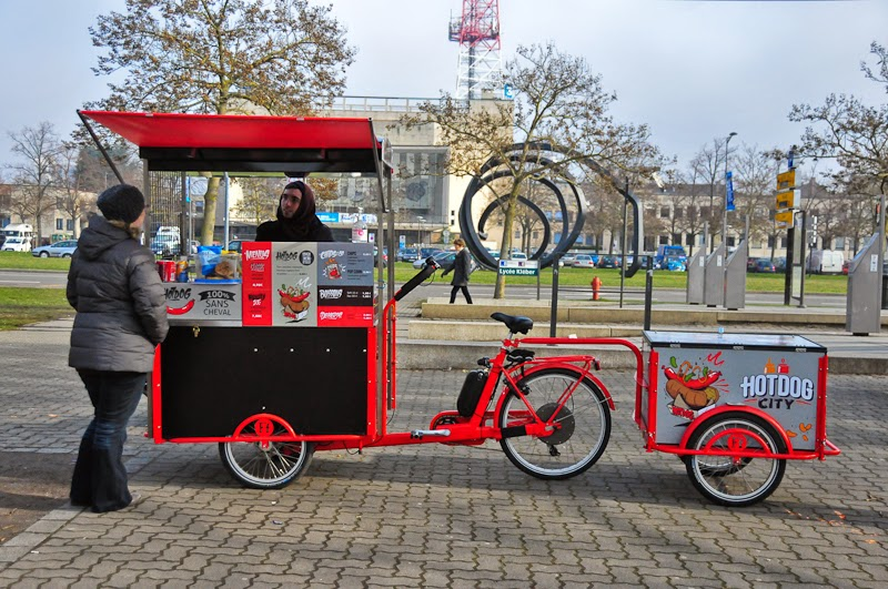 i bike strasbourg hot dog city les triporteurs ambassadeurs de la street food. Black Bedroom Furniture Sets. Home Design Ideas