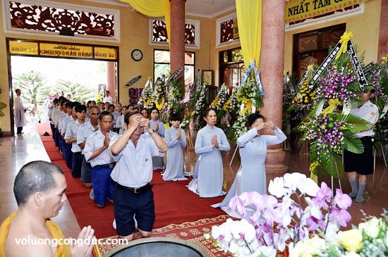 Lễ viếng Giác Linh Cố Hoà Thượng Thích Giác Dũng - letang-08