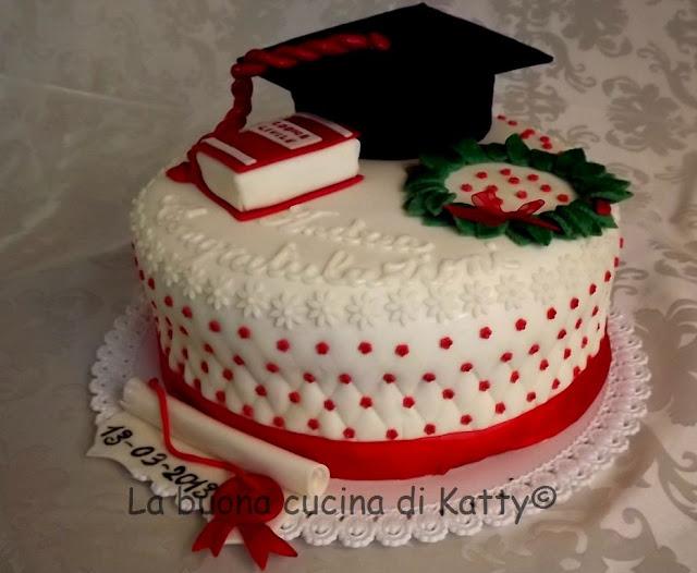 Torta Cake Design Torino : La buona cucina di Katty: Torta di laurea per l Avv. Andrea