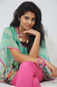 Sravya Latest photos Gallery-thumbnail-12