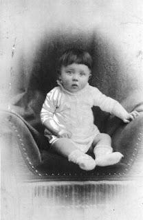 Adolf Hitler: 1889-1945