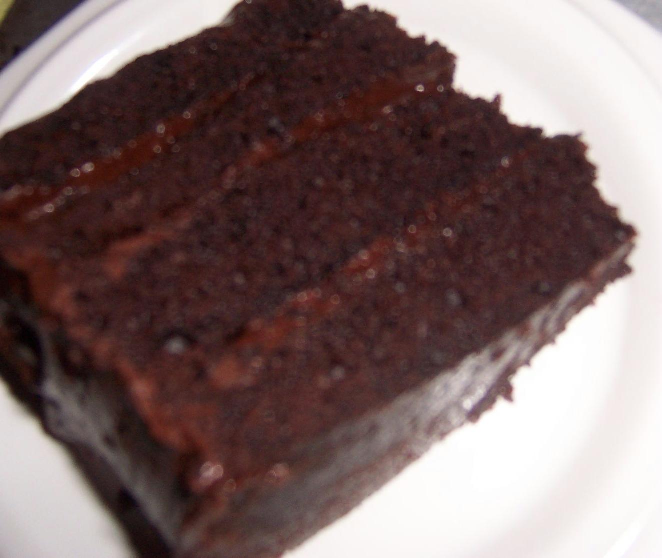 Homemade Sophistication: Devil's Dark Chocolate Cake