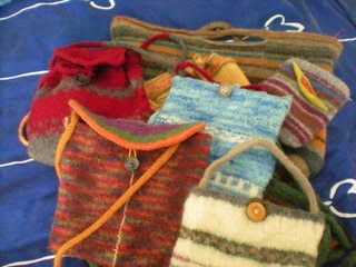 Basic felted minibags