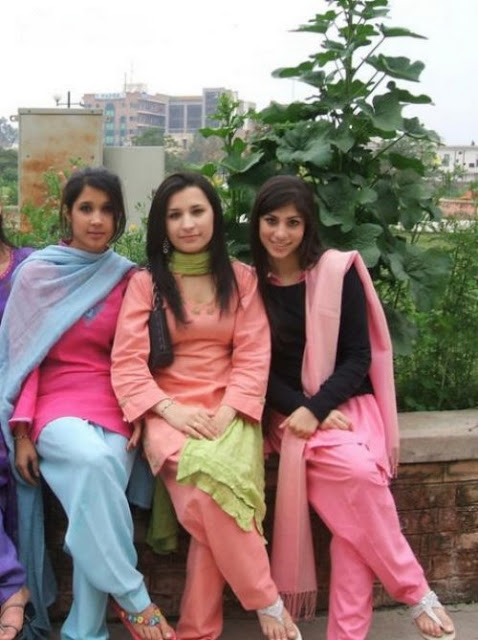 pakistani school girls - photo #25