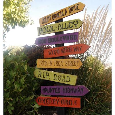 halloween_road_signs+2.jpg