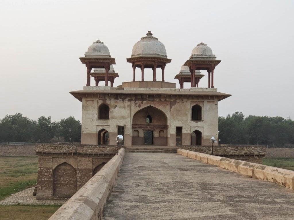 Jal Mahal in Narnaul