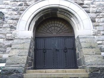 Porta de la catedral d´Alesund