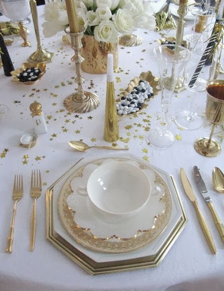 I wish you to have an incredibly amazing New Years Eve my friends!!! Love you allu2026 u003c3 & I.De.A: 10 New Years Eve Table Settings