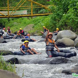 river tubing kali amprong