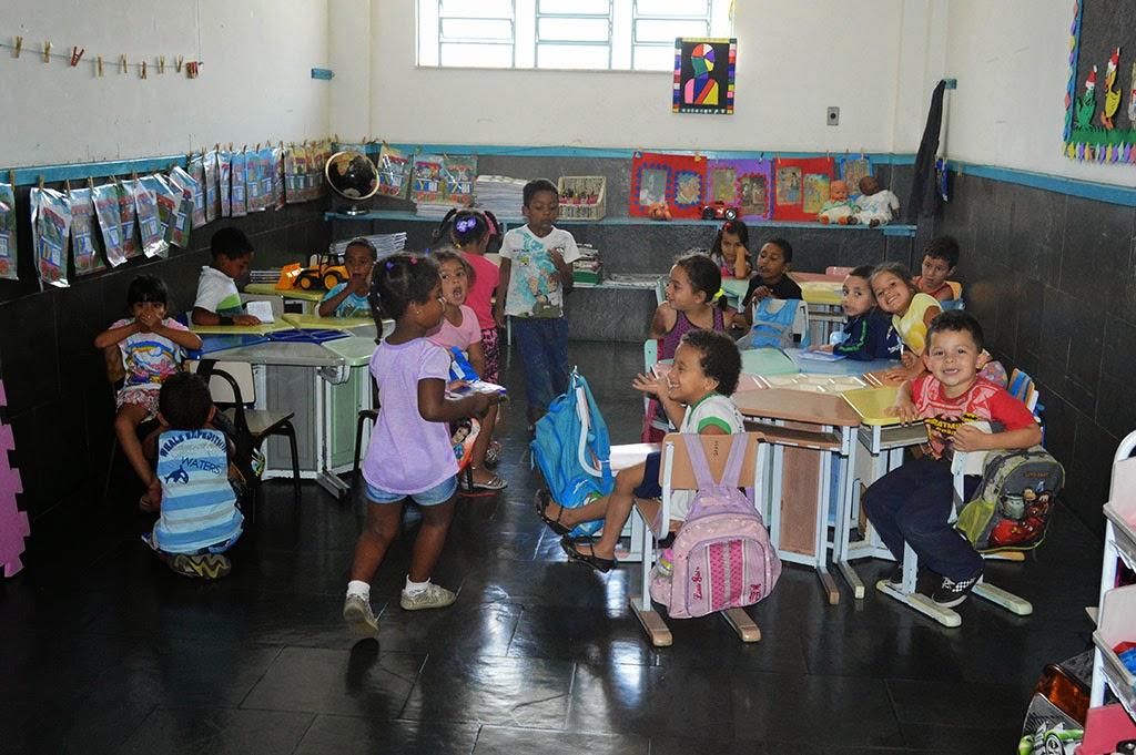Secretaria de Educação: preocupação com o cuidado e o aprendizado das crianças