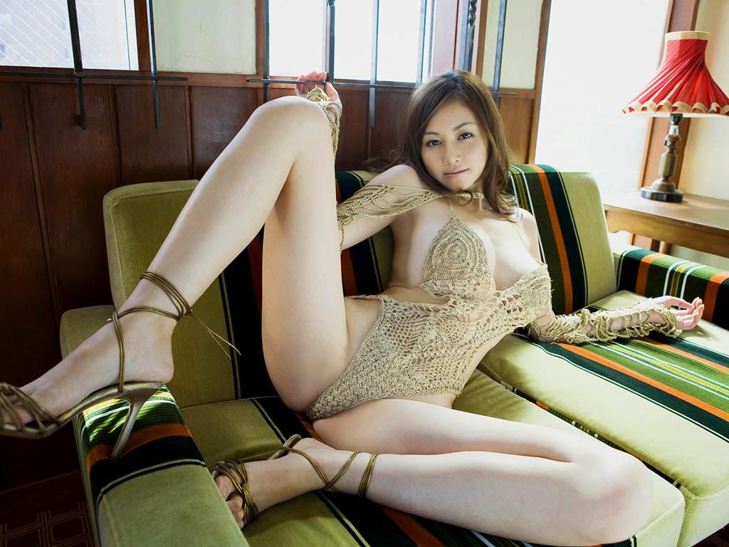 anri sugihara naked pics 02