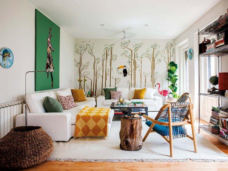 Muebles pr cticos por la decoradora experta for Colocar cuadros encima del sofa