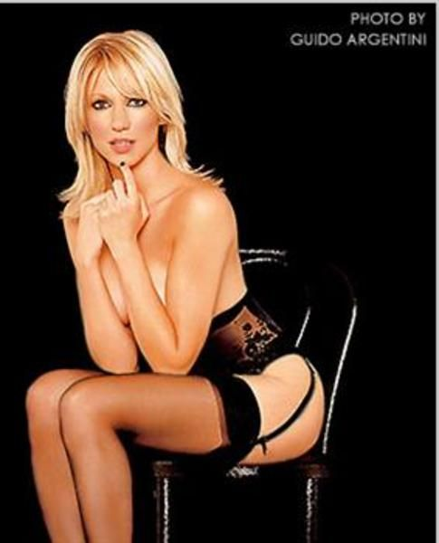 Deborah Ann Debbie Gibson Born August 31 1970 Is An