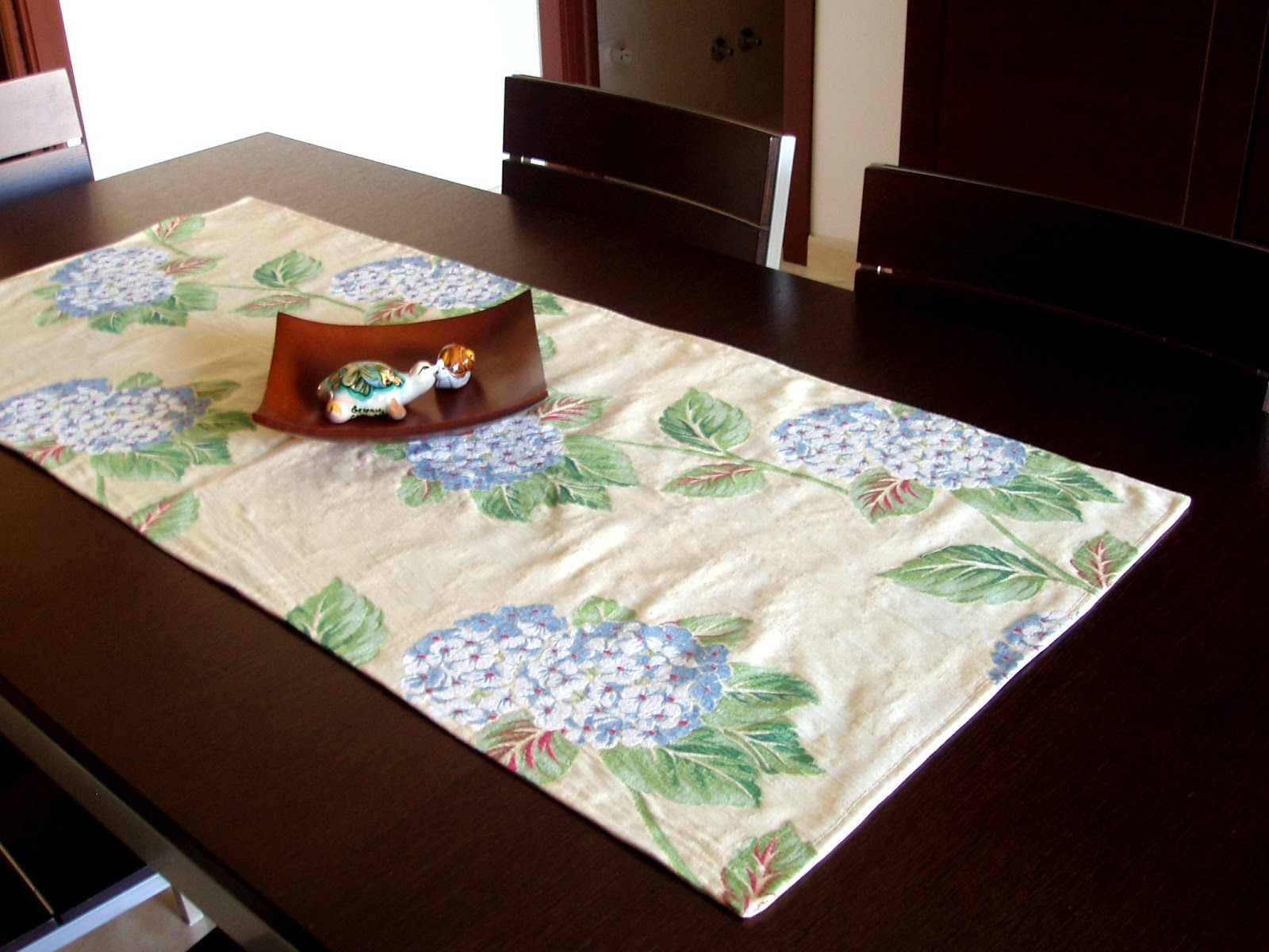 Madamerenard a self expression journey eco friendly for 10 minute table runner with batting