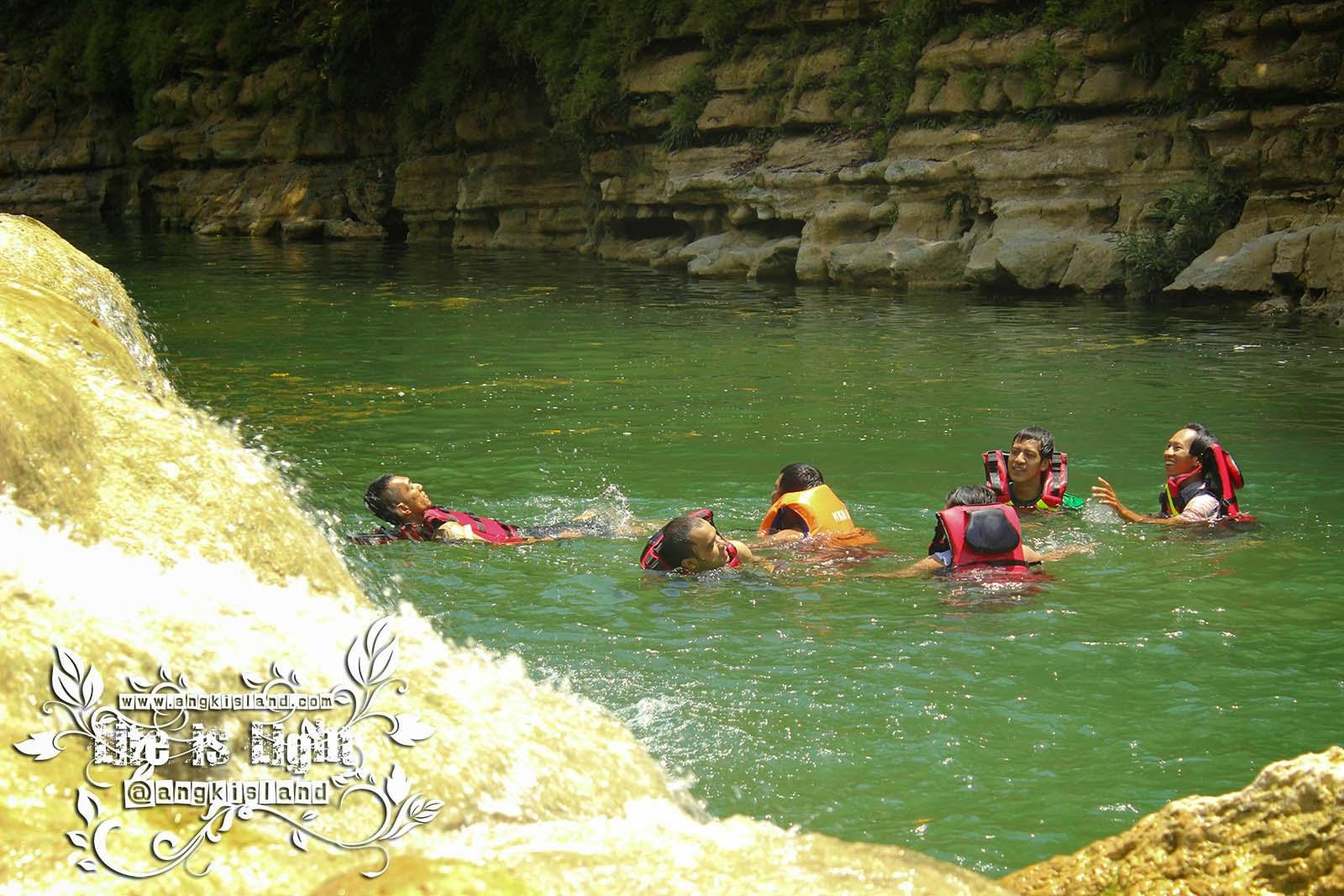 berenang di gunungkidul
