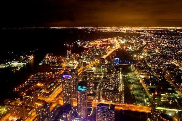 「カナダトロント夜景」の画像検索結果