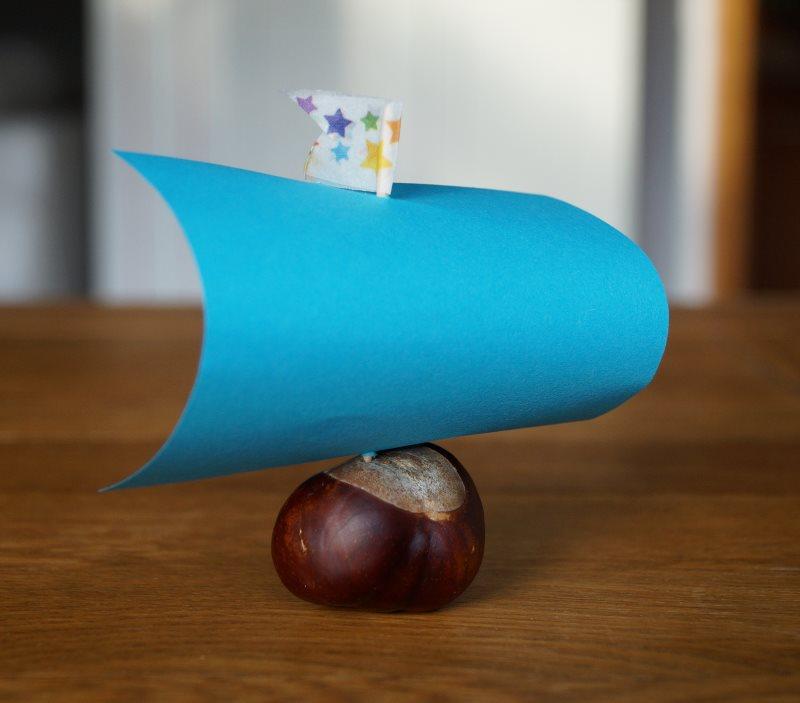 Süße Kastanienschiffe basteln: