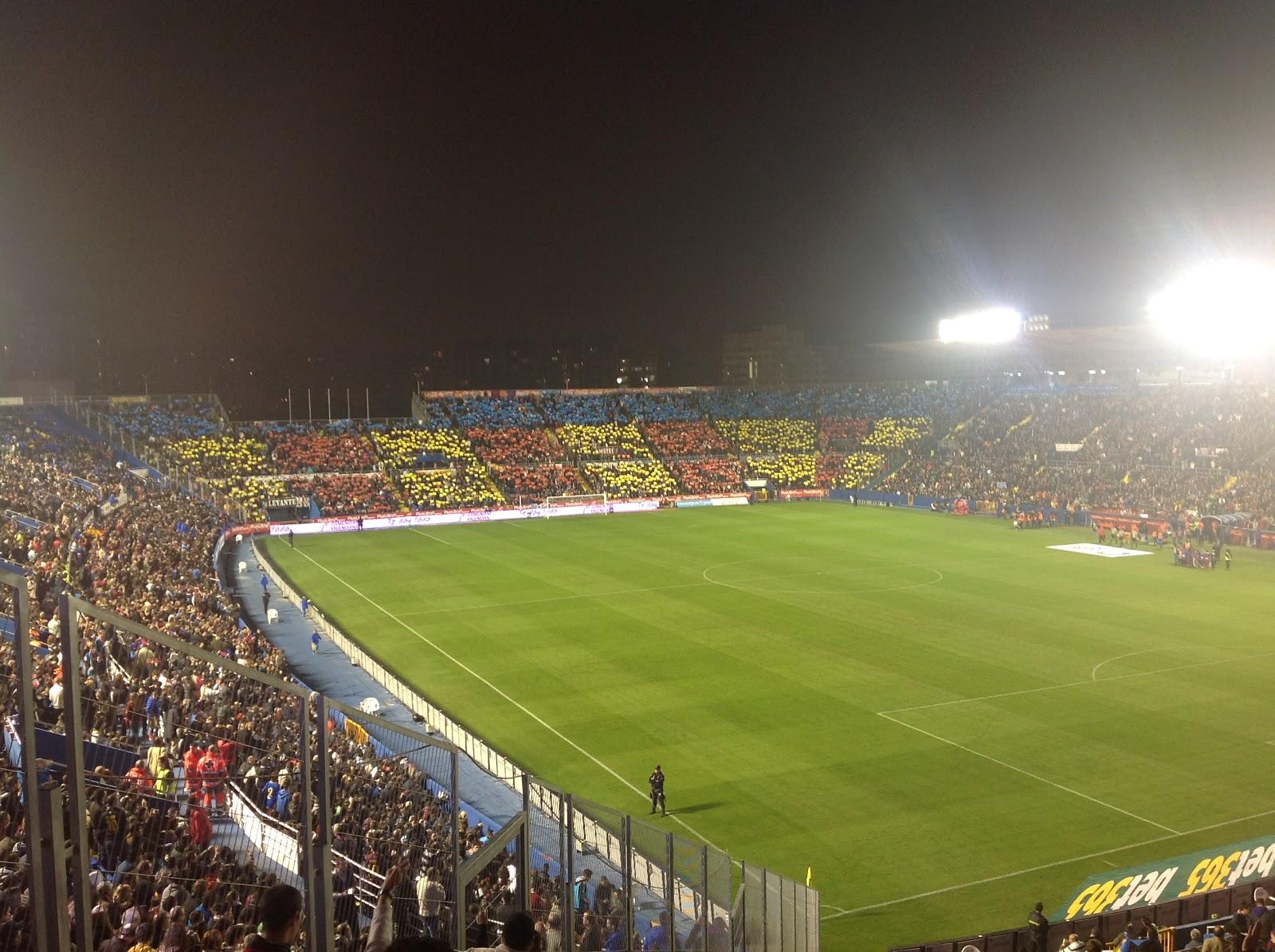 Globexs valencia levante barcelona 0 4 - Campo de futbol del valencia ...