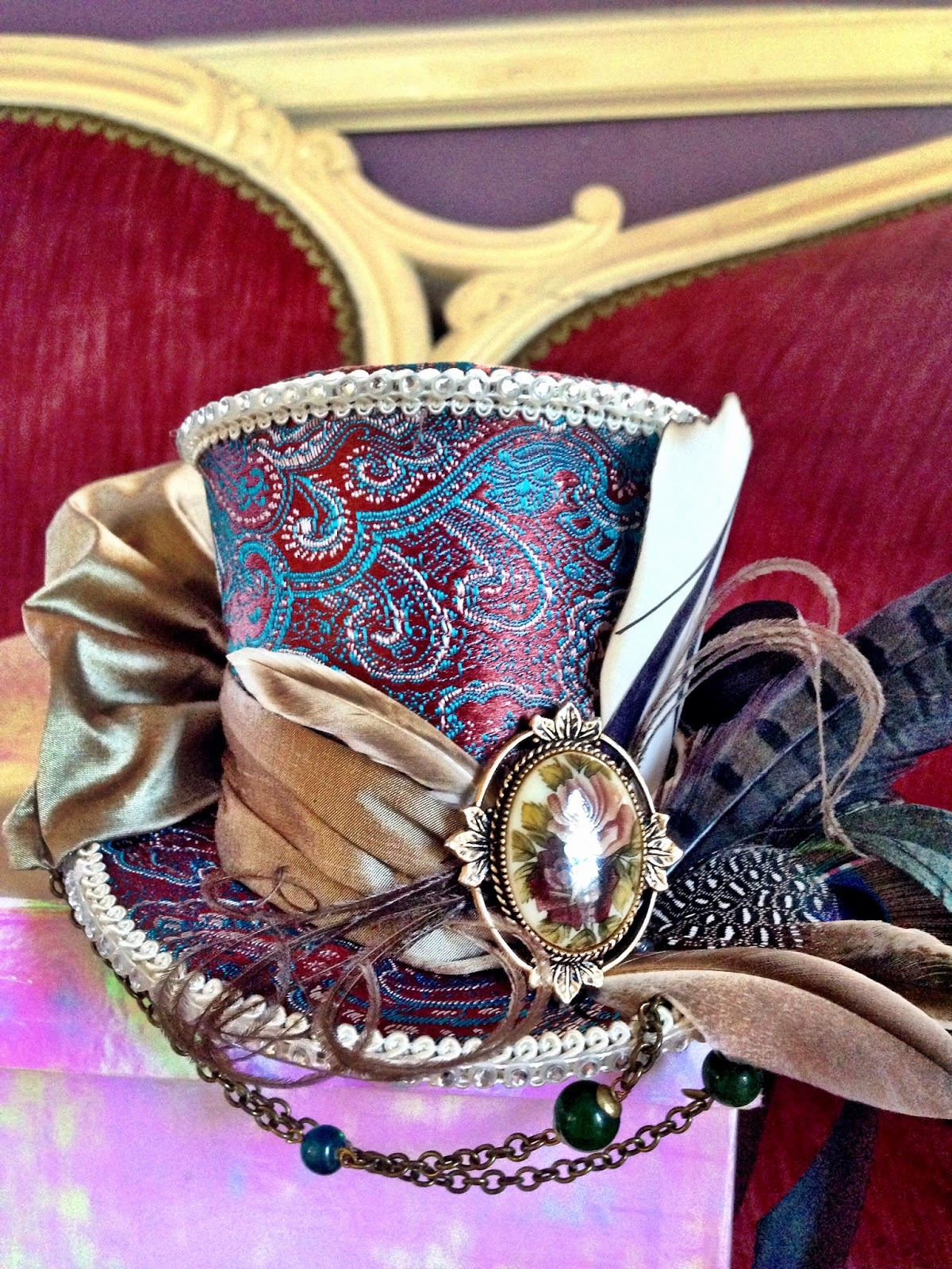 https://www.etsy.com/listing/220682249/steampunk-mad-hatter-mini-top-hat?ref=shop_home_active_2