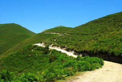 Mofrechu, vista del camino de acceso