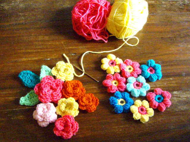 crochet flowers puff stich and roses