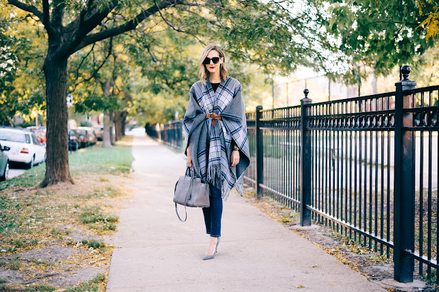 belted poncho outfit ideas