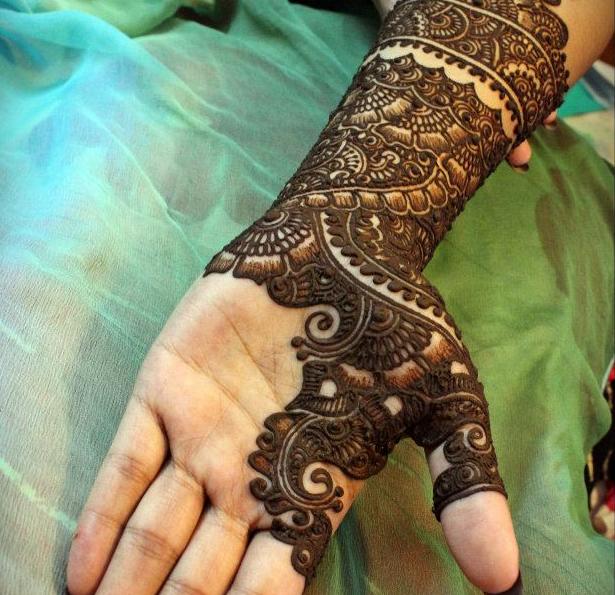 Beautiful Latest Simple Arabic Pakistani Indian Bridal Girl Mehndi Designs
