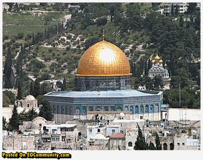 7 Masjid Dengan Kubah Emas Termegah Di Dunia