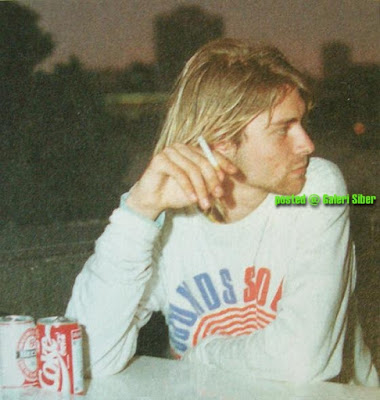 gambar kurt cobain