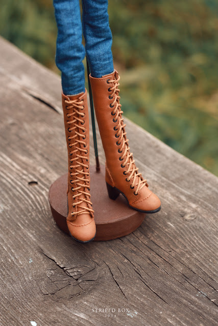 1/6 scale boots for doll