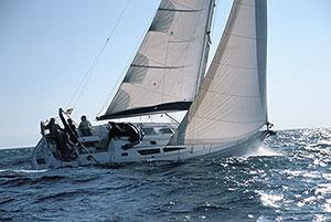 Alquiler de veleros con patrón. Viajes a vela Barcelona, Mallorca, Menorca, Ibiza, Costa Brava