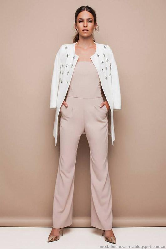 Trajes de mujer moda verano 2015 Awada.
