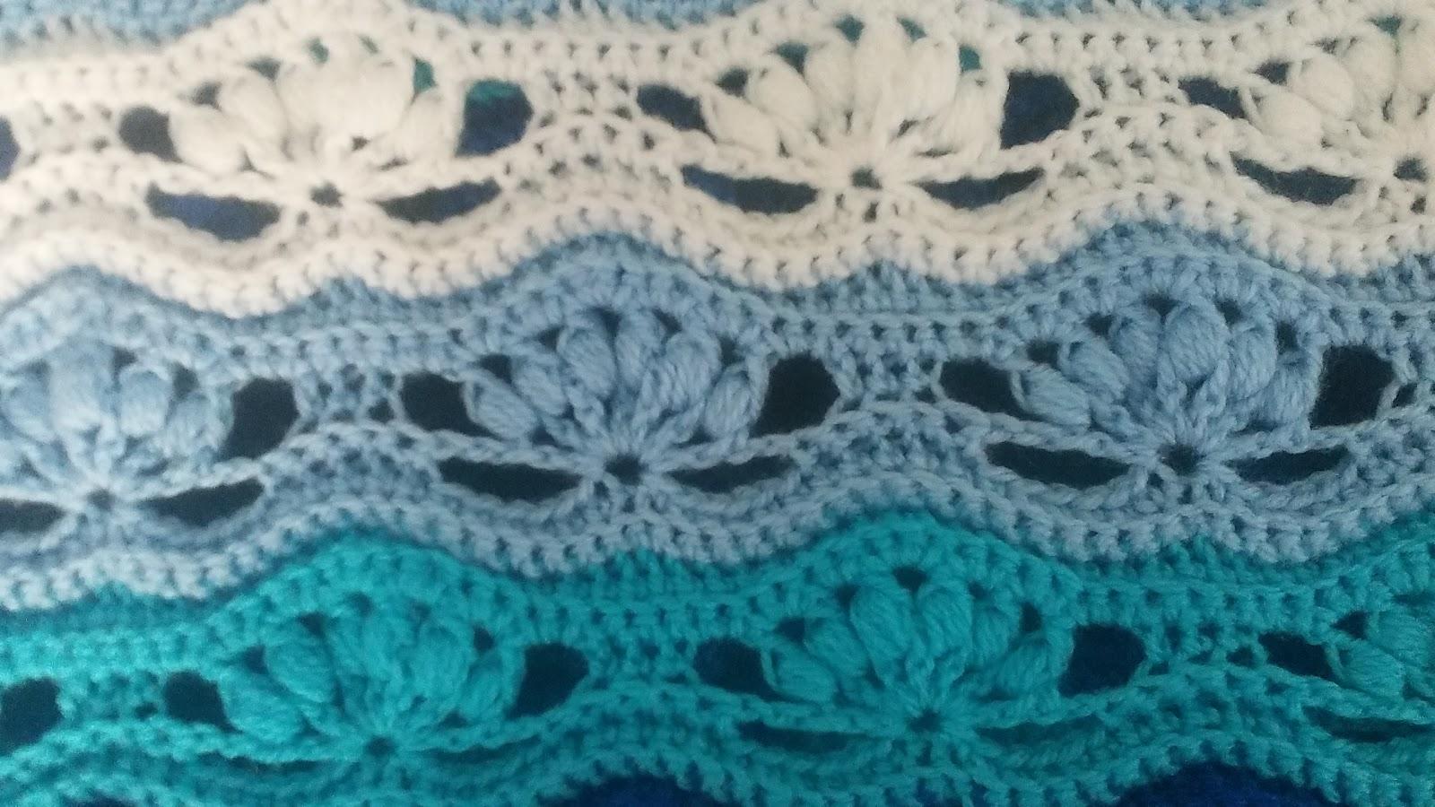 Knitting Stitches That Wonot Curl : Crochet & Knitting: Wavy Blanket