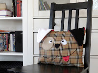 http://sewtoy.com/free-toy-sewing-pattern/how-to-sew-a-cute-decorative-dog-pillow-free-pattern/