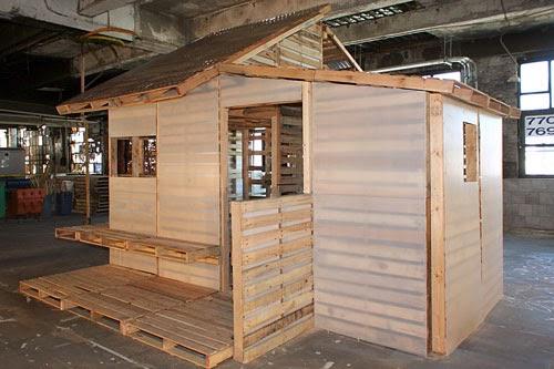 Credenza Con Bancali : Divano con pallet bancale pancale in legno scandicci für