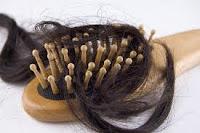 تساقط الشعر اسبابه وعلاجه