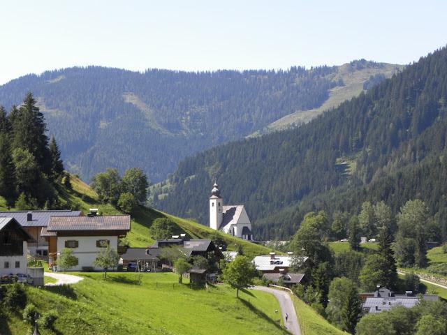 Pfarrkirche Dienten