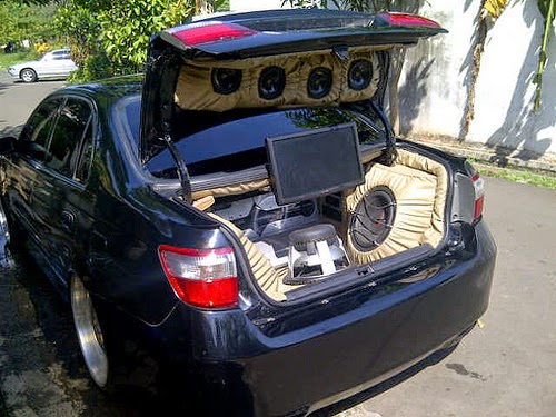 Modifikasi Audio Toyota Corona