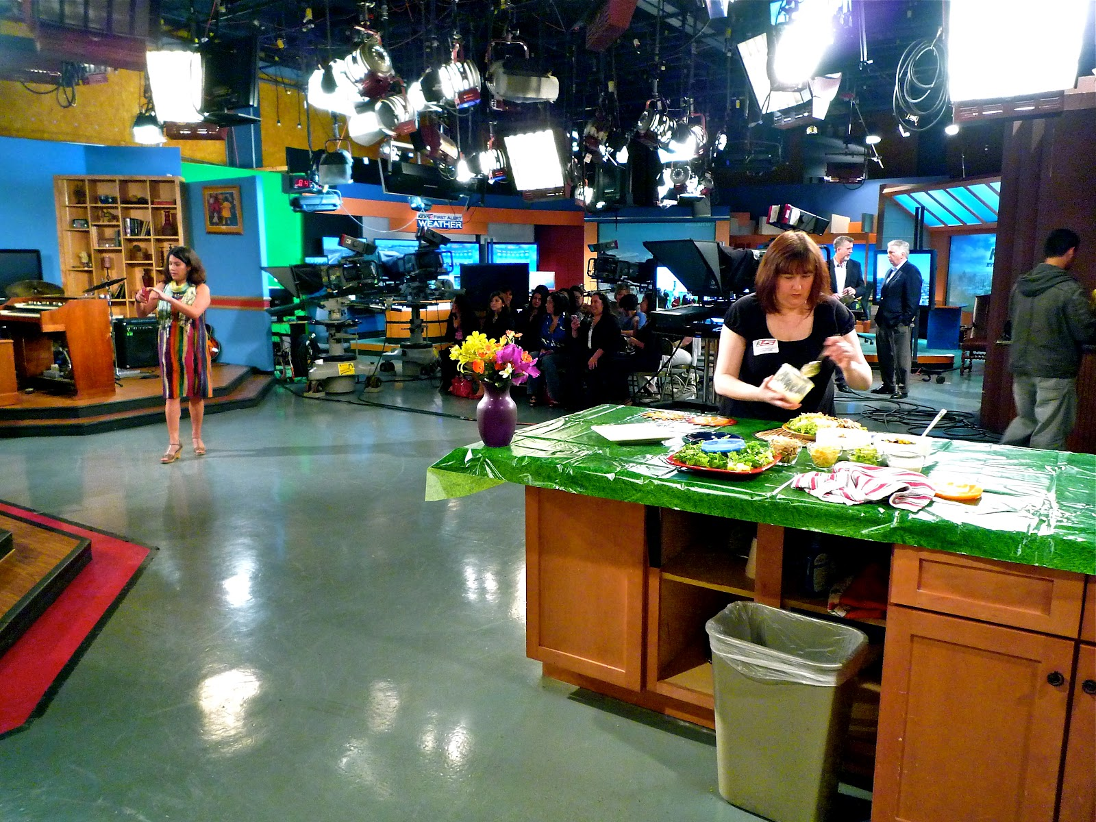 The Kitchen Show the weekend gourmet: behind the scenes of a television cooking