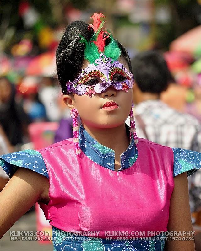 Banyumas Extravaganza 2014 : Topeng Dalam Balutan Batik Banyumas