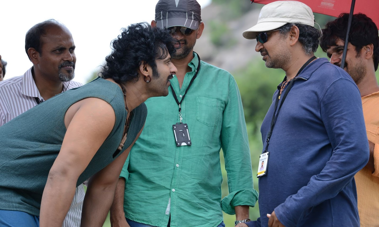 prabhasmyhero blog: baahubali new working stills