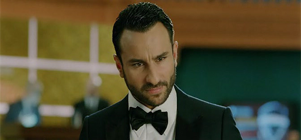 Screen Shot Of Hindi Movie Agent Vinod (2012) Download And Watch Online Free at downloadfreefullmovie.net